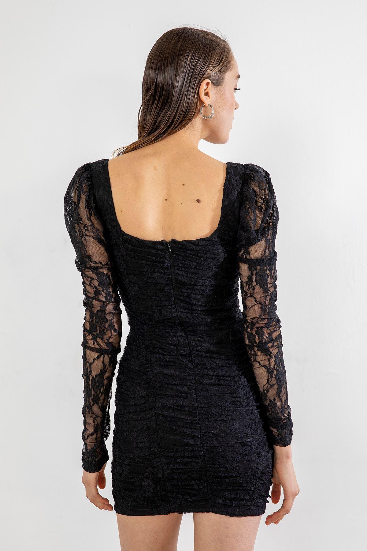 Büzgü Detay Dantel Elbise-Siyah