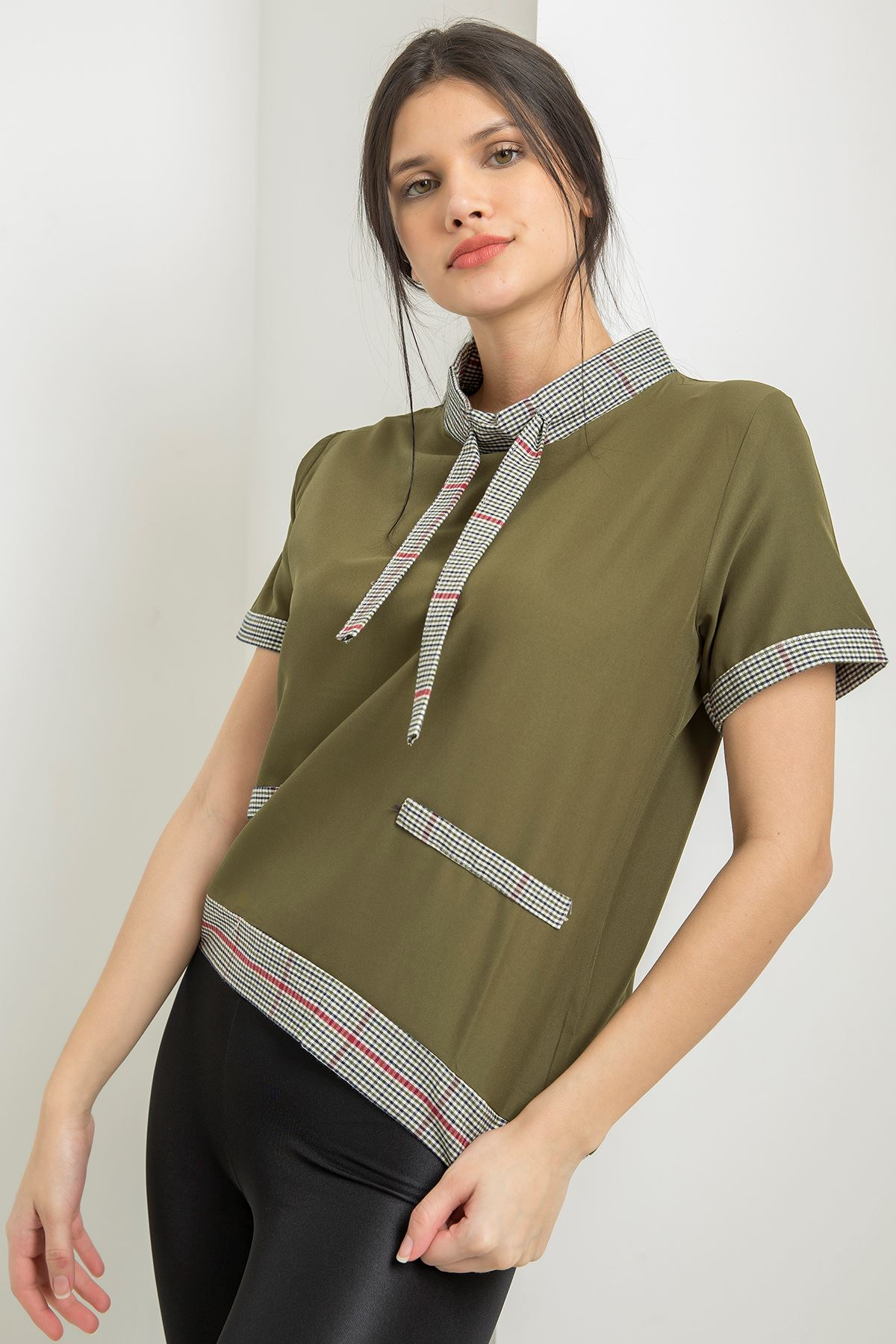 Ekose Detay T-shirt-Haki