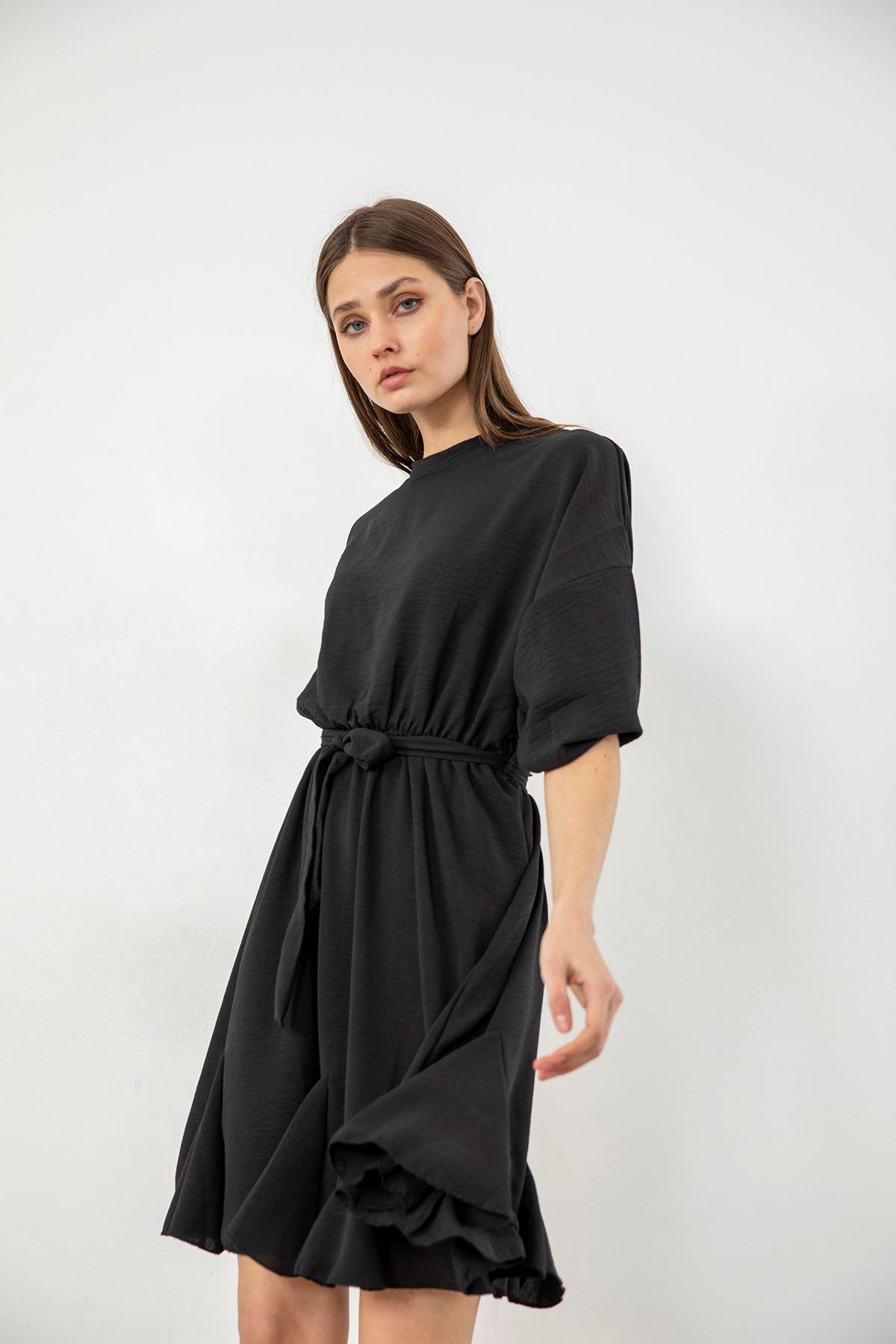 Dik Yaka Volan Detay Elbise-Siyah