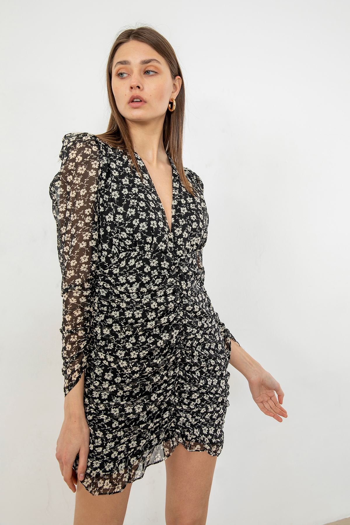 Büzgü Detay Şifon Elbise-Siyah