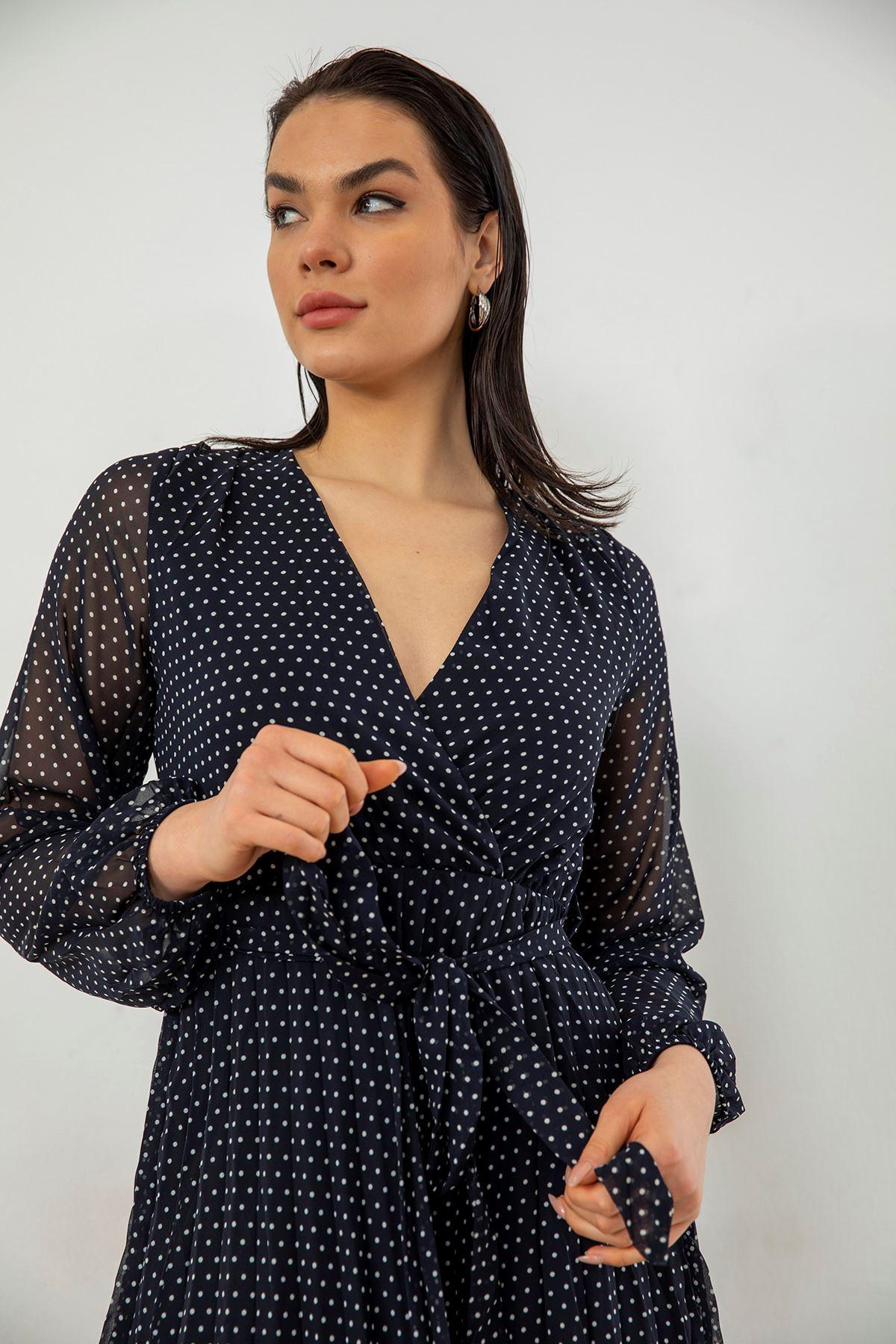 Piliseli Şifon Elbise-Siyah