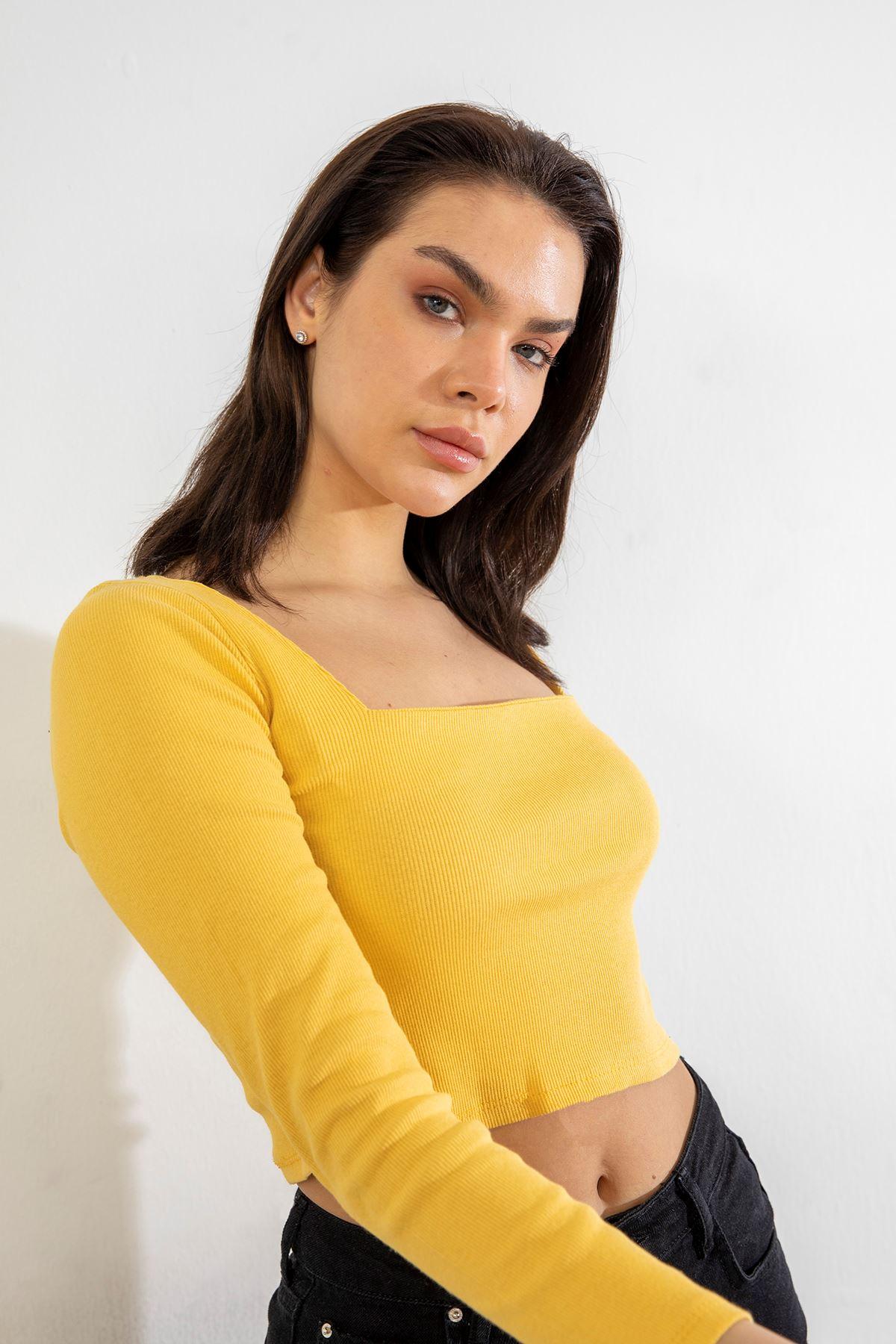 Kare Yaka Bluz-Sarı