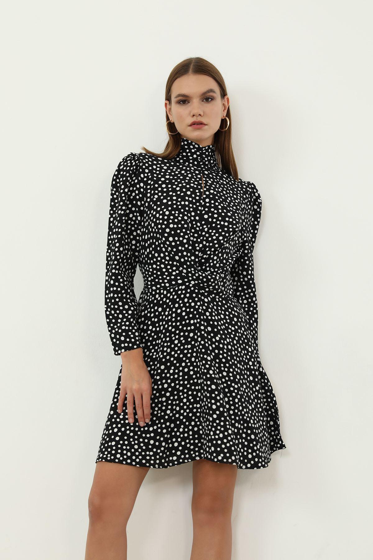 Puantiye Desen Elbise-Siyah