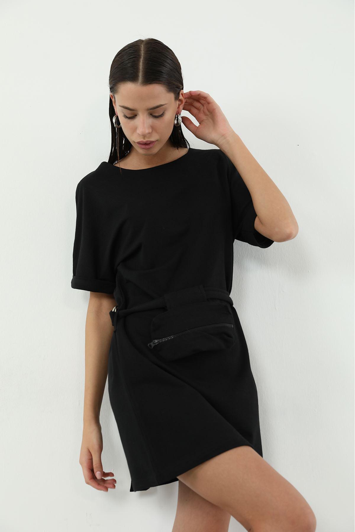 Kemer Çanta Detaylı Elbise-Siyah