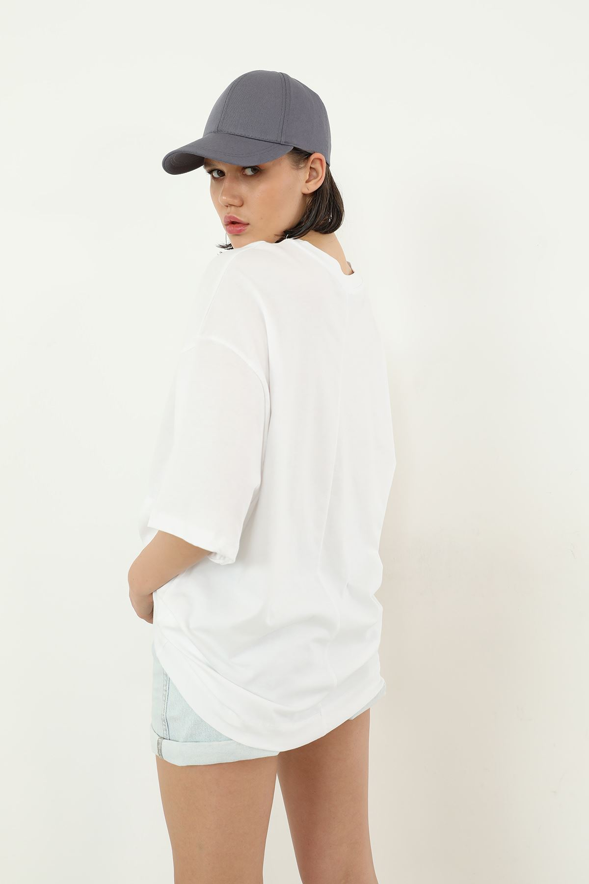 Salaş T-shirt-Beyaz