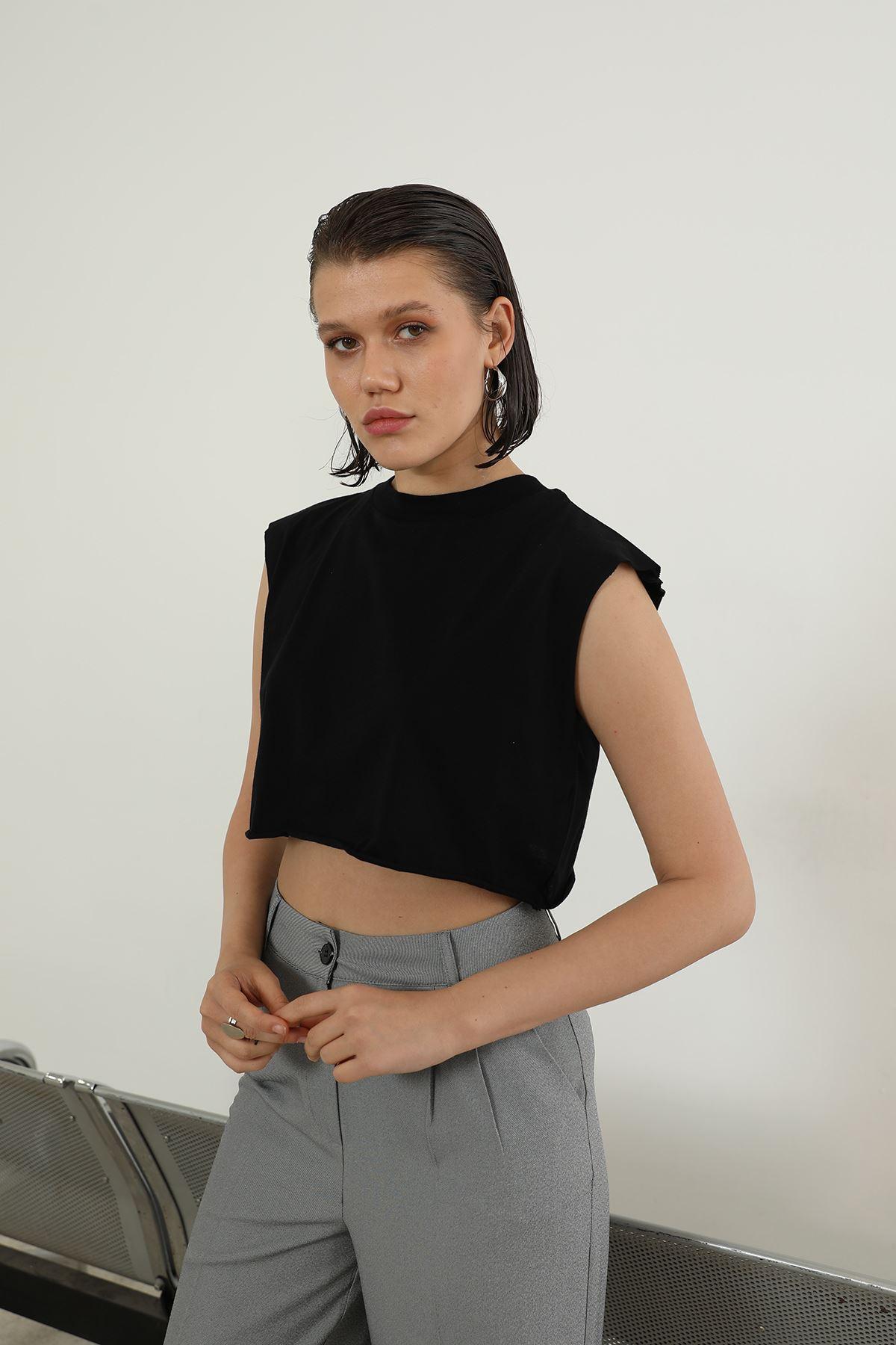 Kısa T-shirt-Siyah