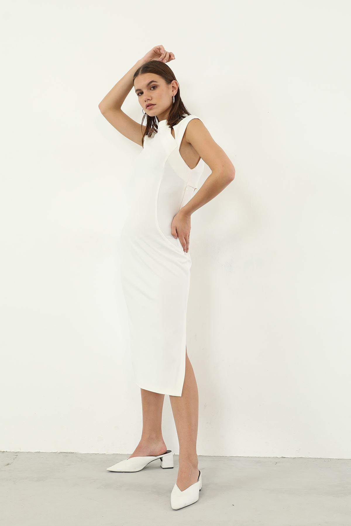 Yaka Detay Elbise-Ekru