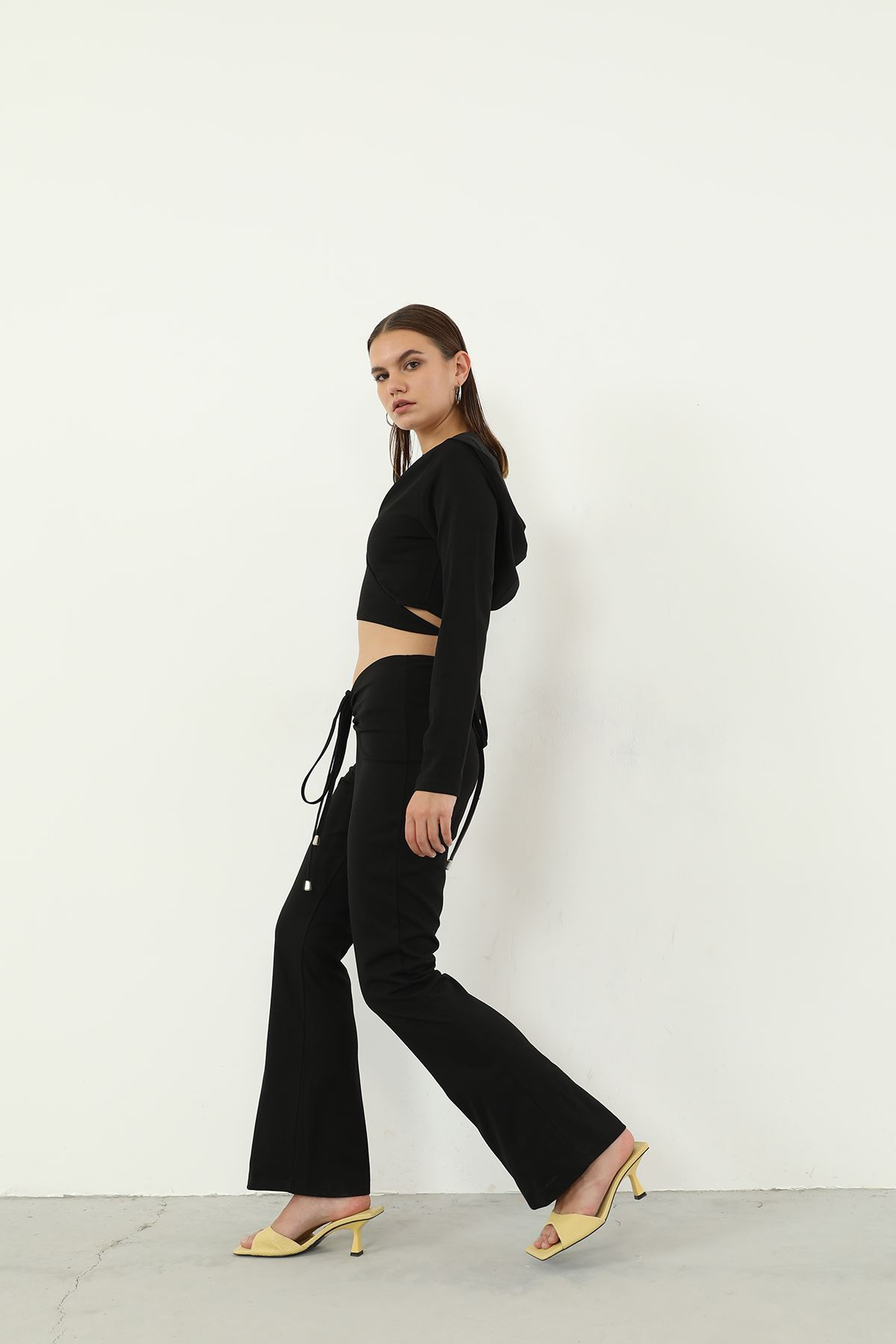 Büzgülü Pantolon Takım-Siyah
