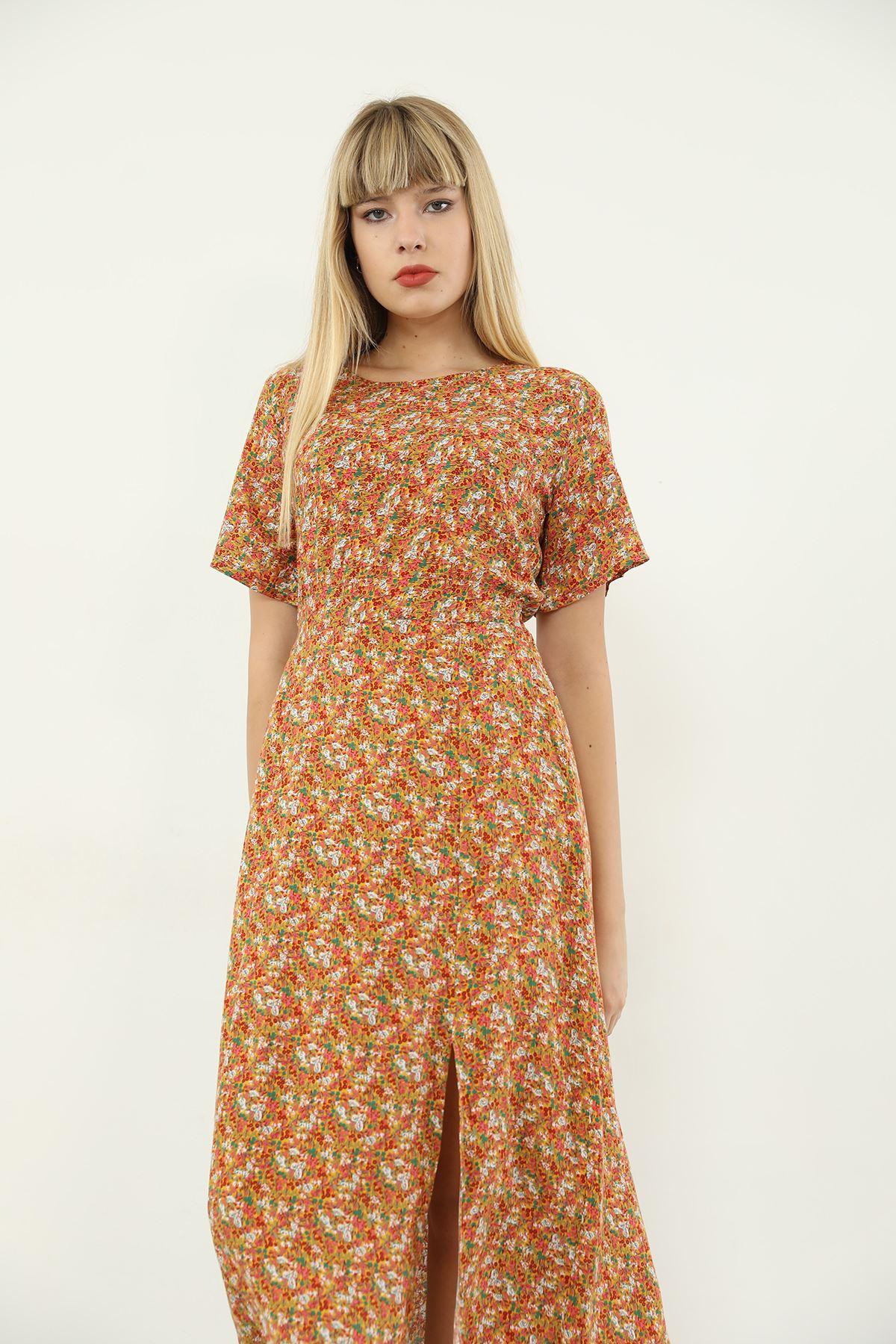 Çiçek Desen Yırtmaçlı Elbise-Taba