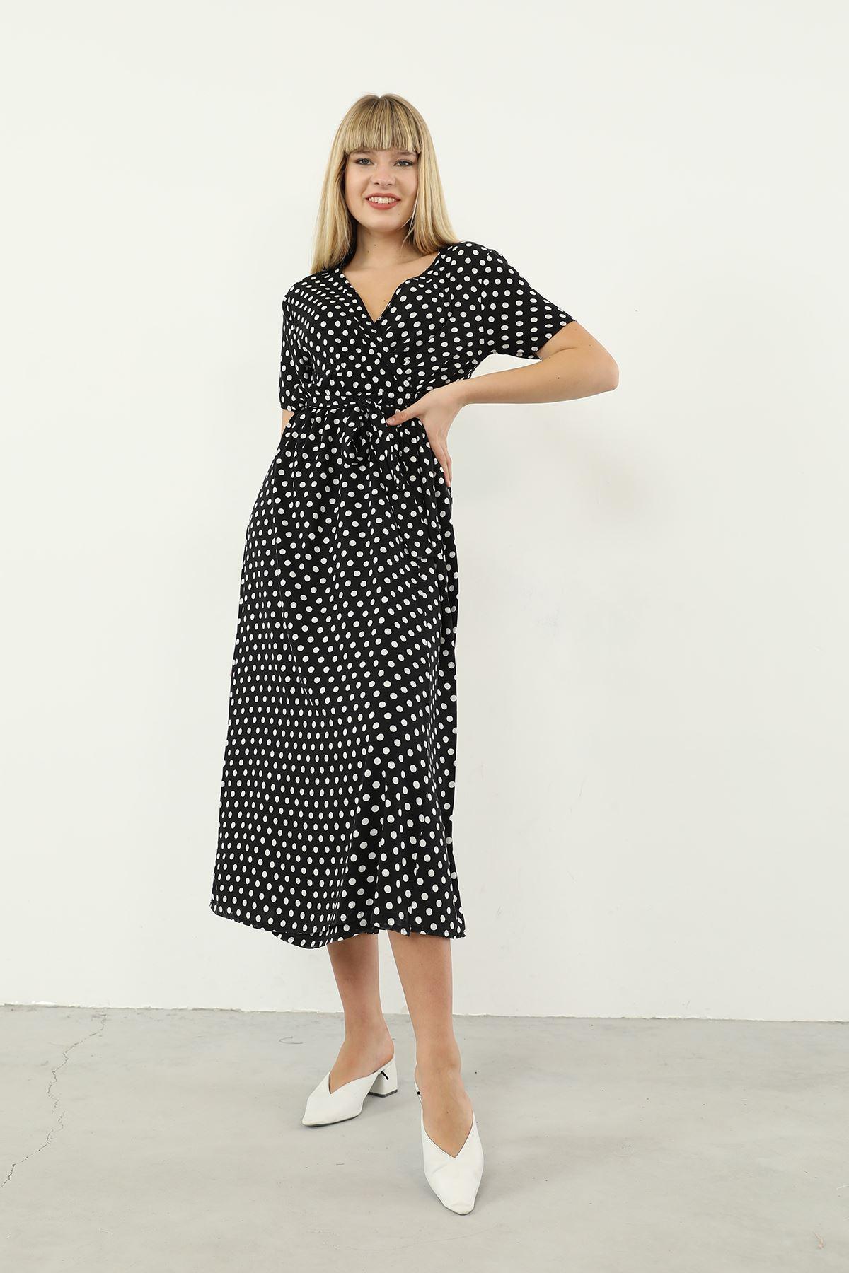 Puantiye Desen Kuşaklı Elbise-Siyah