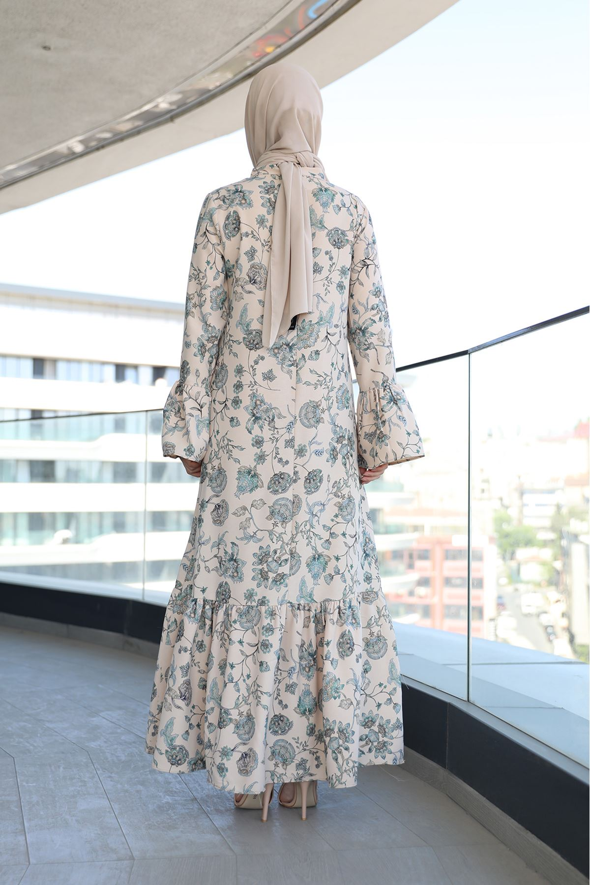 Fırfır Detay Desenli Elbise-Bej