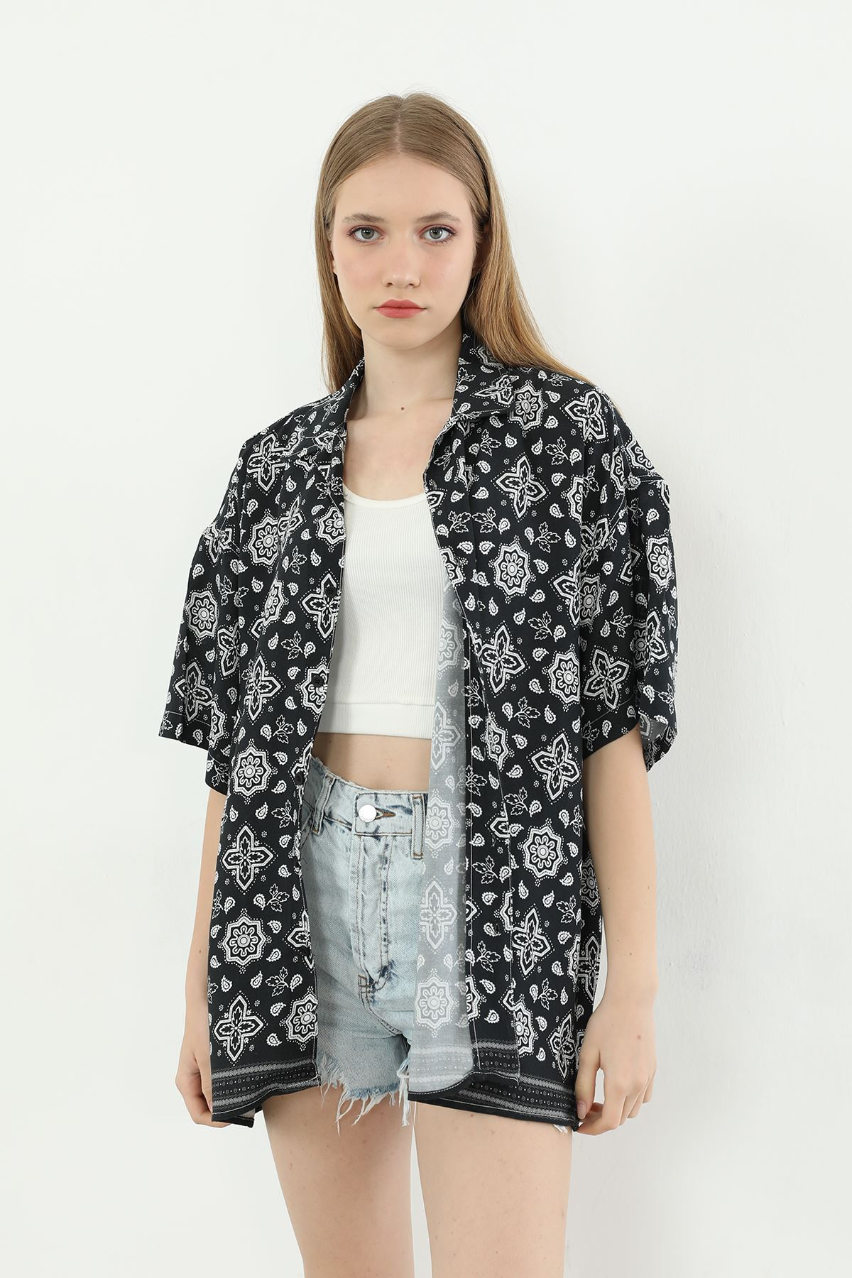 Desenli Oversize Gömlek-Siyah