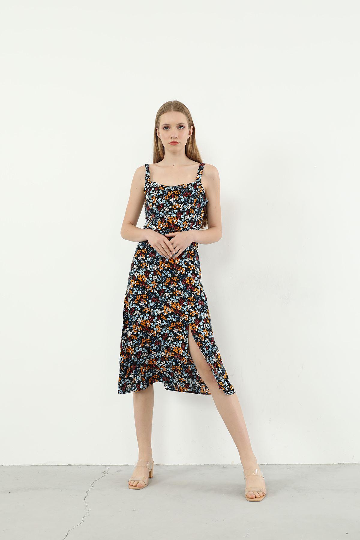 Çiçek Desen Askılı Elbise-Siyah