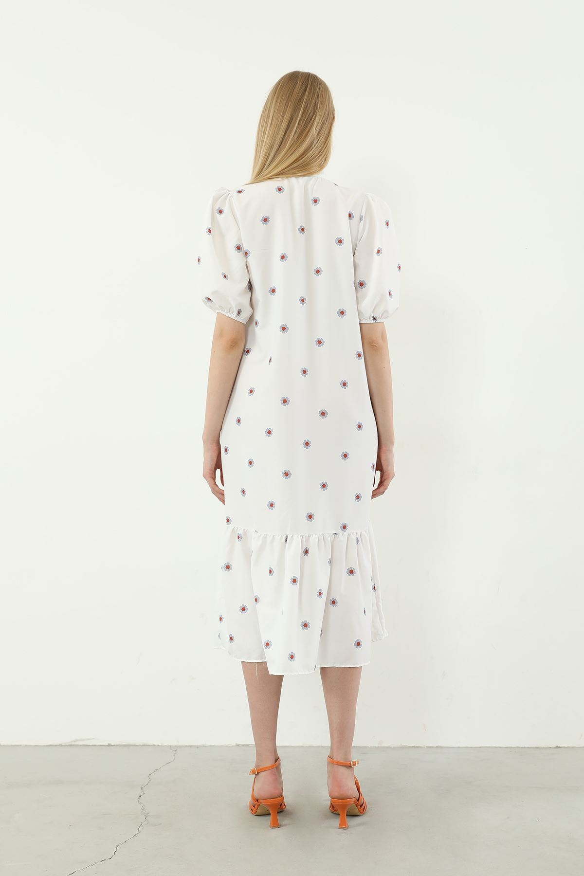 Papatya Desen Elbise-Beyaz