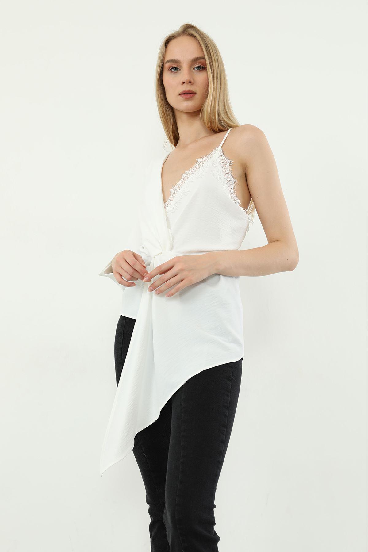 Dantel Detay Bluz-Beyaz