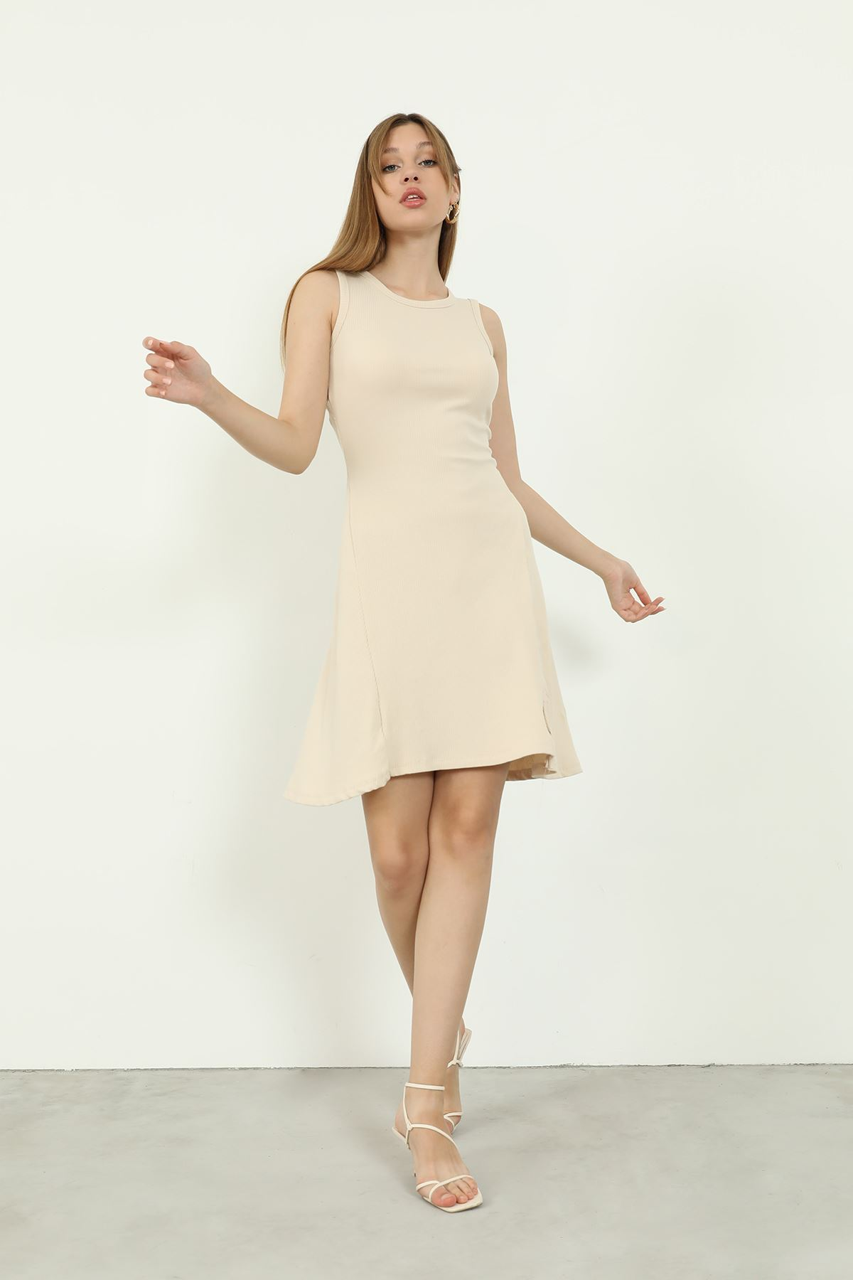 Volanlı Elbise-Taş